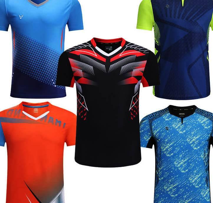 Спортни тениски за мъже в различни цветове